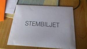 Stembiljet in de witte envelop