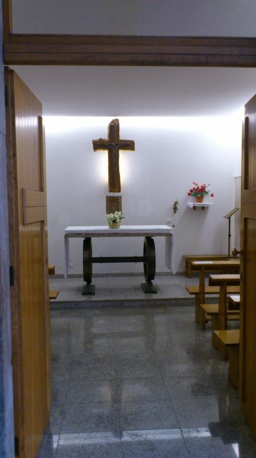 Interieur stationskerk Cagliari
